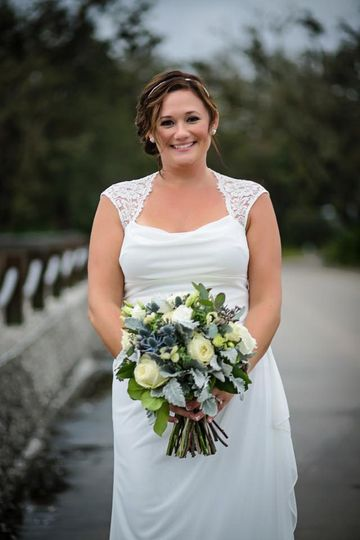 Gorgeous hair to match the bouquet