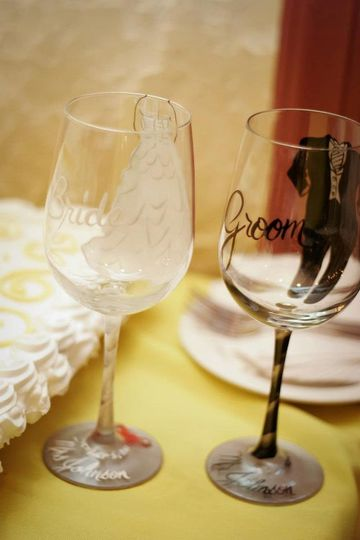 custom bride and groom glasses heather and andy