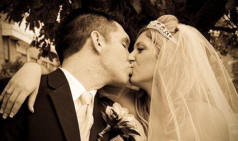 5df0cbc0cc5e749b 1238005126515 Wedding24