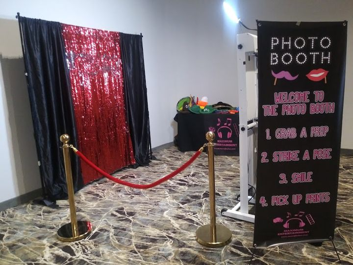 Tmx Photoboothfun2 51 533827 Tulsa wedding dj