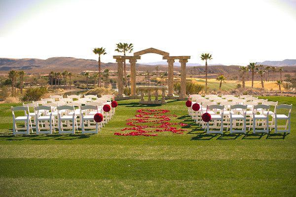 800x800 1429552617978 the parthenon arch ceremony lawn