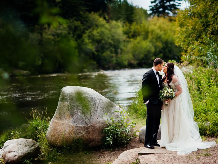Tmx 1515528457 Bc3cab9807e3258a 1515528453 9b48b0bc42c21068 1515528431081 6 Jessica Drew Bride Avon, CO wedding venue