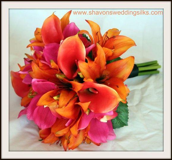 naturaltouchtropicalorchidspinkorangelilieslilybouquet