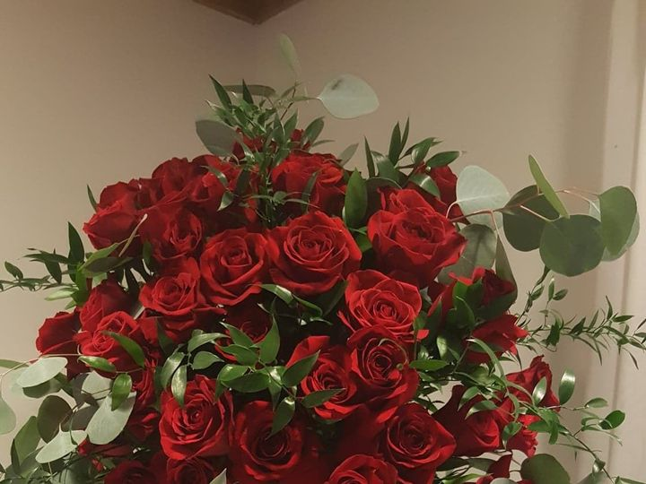 Tmx 1534795318 Ed728520e16a4b0c 1534795317 6f8d96747d1e6526 1534795313689 8 39762361 216203966 Wyckoff, New Jersey wedding florist