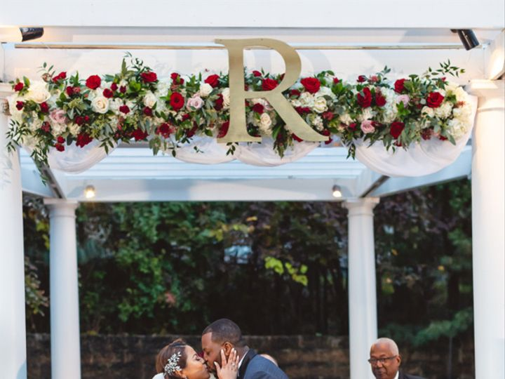 Tmx Image4 51 987827 Wyckoff, New Jersey wedding florist
