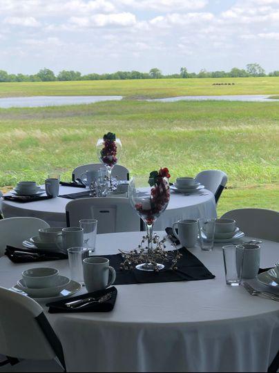 FarmResort Table