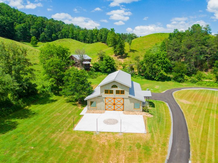 Tmx 1497470674260 29 Fourpointsfarm060917  Gatlinburg, TN wedding venue
