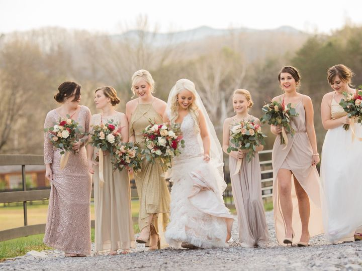Tmx Bridal Party Winter Road 51 950927 V1 Gatlinburg, TN wedding venue