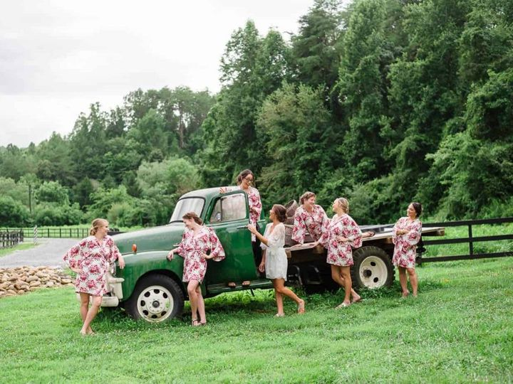 Tmx Bridesmaids At Truck 51 950927 158393480452037 Gatlinburg, TN wedding venue