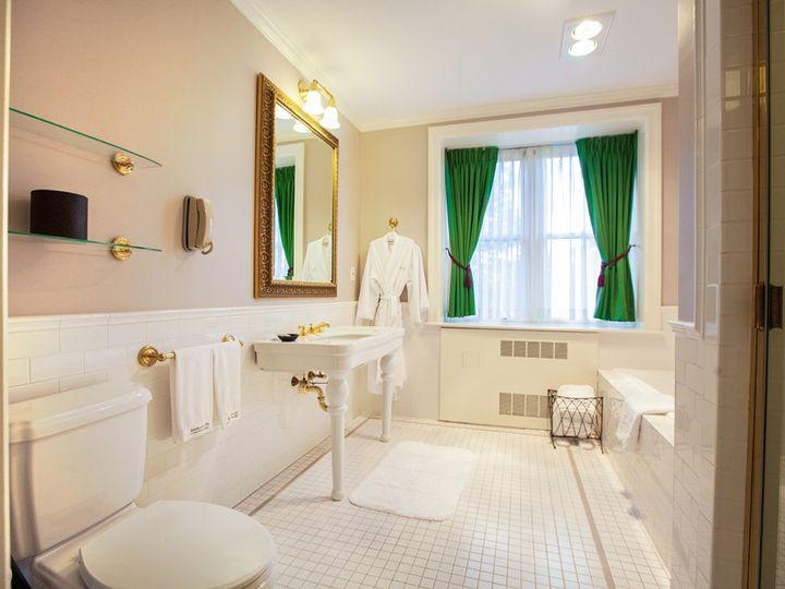 Tmx Nice Bathroom 1 51 2927 1556652961 Tarrytown, NY wedding venue