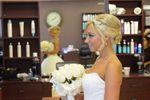 Laina Luxe Salon image