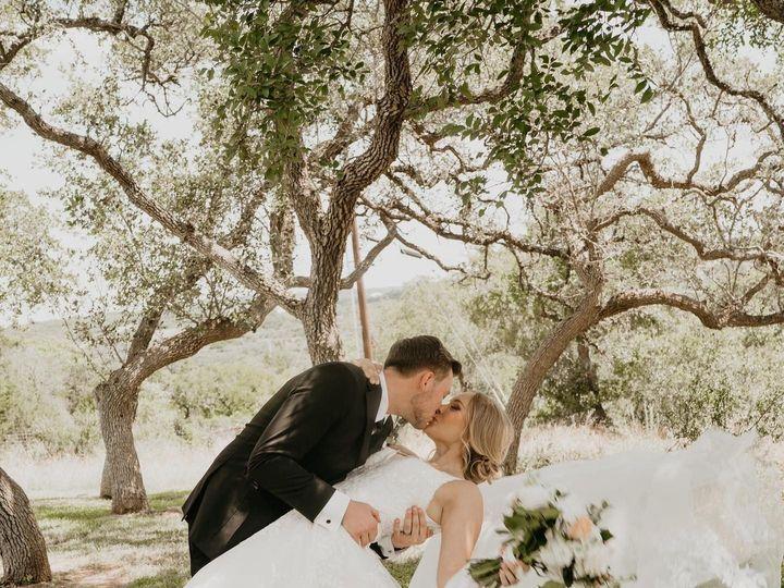 Tmx 104331338 3263140287051322 4762450106605258540 O 51 1975927 159422621215264 Mesquite, TX wedding florist
