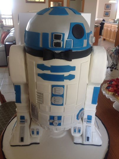 Droid cake