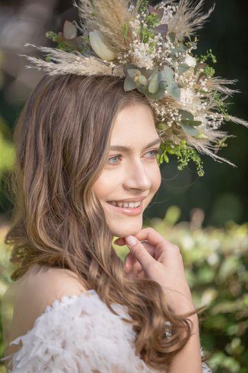 Headpiece made of fresh flower
