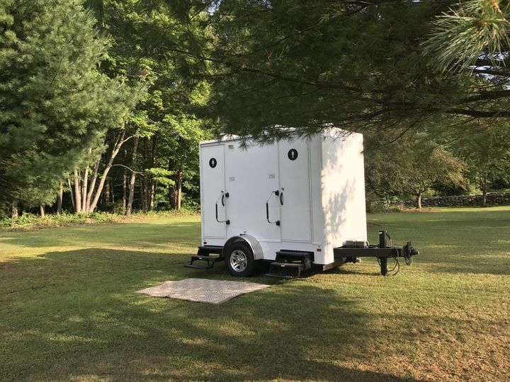 Two stall trailer