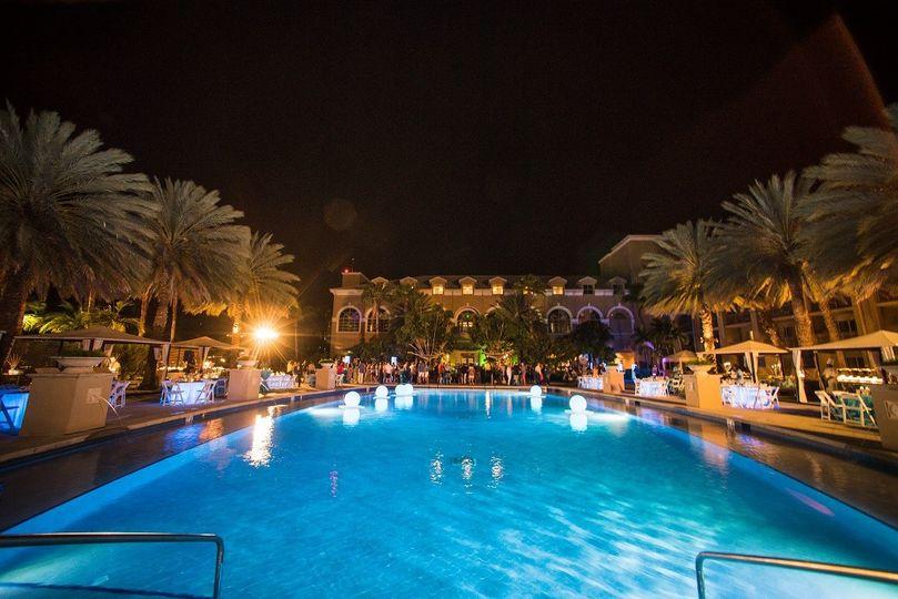 Harbour Club Pool