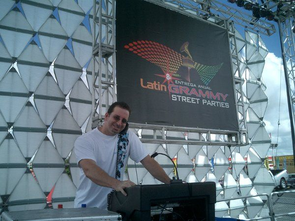Sarli  spinning at the Latin Grammy Street Party for 20 thousand people