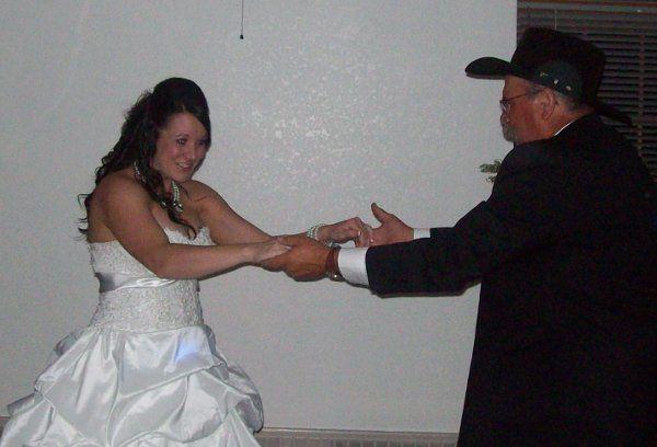 9e25bc1ef900e417 1312184780908 weddingphotos026