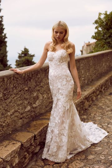 Madi Lane Bridal now at Poffie