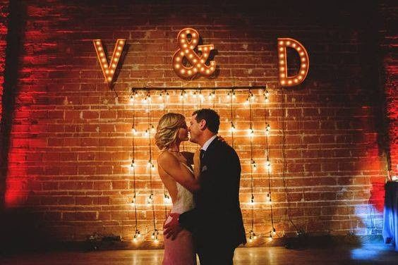 Tmx Victoria And Dave Mmtb 51 63037 157556420410568 Tampa, FL wedding planner