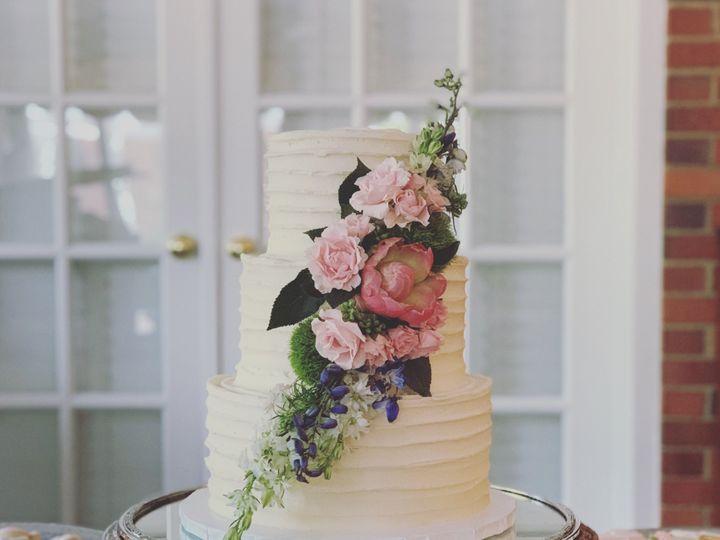 Tmx Img 4633 51 1914037 159343478488370 Taylorsville, GA wedding cake