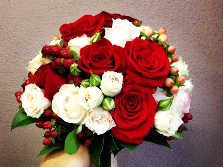 Tmx 1422311727687 Red And White Bridal Bouquet Saint Petersburg, Florida wedding florist