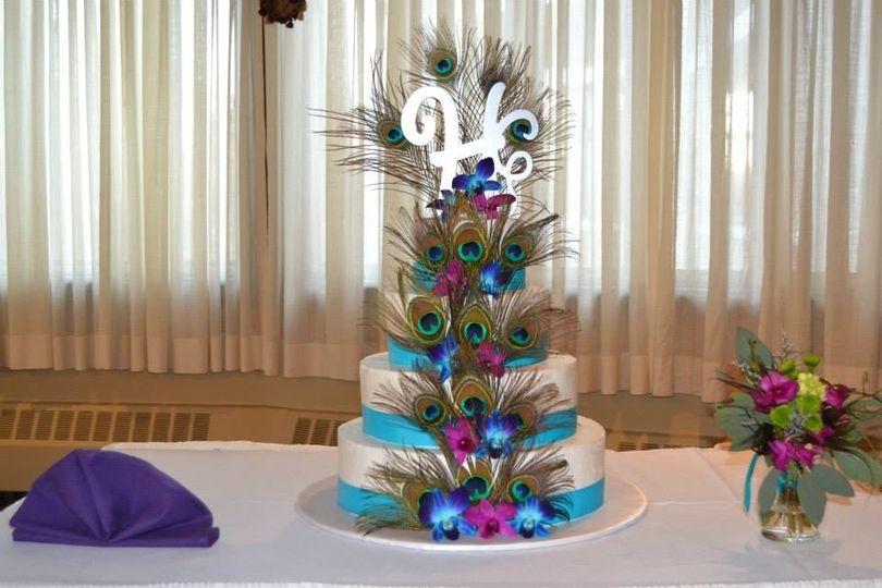 Creative wedding cake