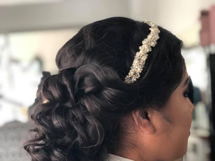Tmx Halfupbridal 51 1069037 1559327686 Bahias De Huatulco, MX wedding beauty