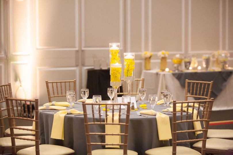 Table setting and yellow decor