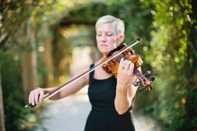 Wedding Violinist, Maura Kropke