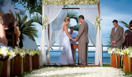 Chic Concepts - Wedding Officiant