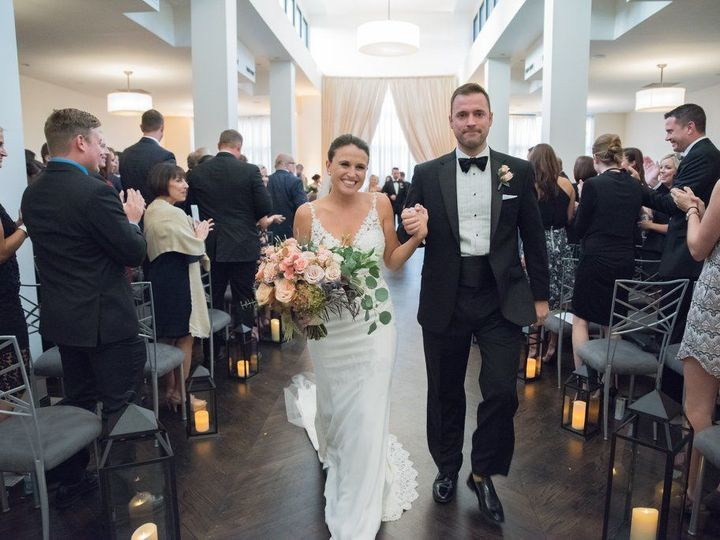 Tmx 1522445526 Af5c386294960eea 1522445525 3efda747574dda41 1522445524687 15 Anne1 Kansas City wedding florist