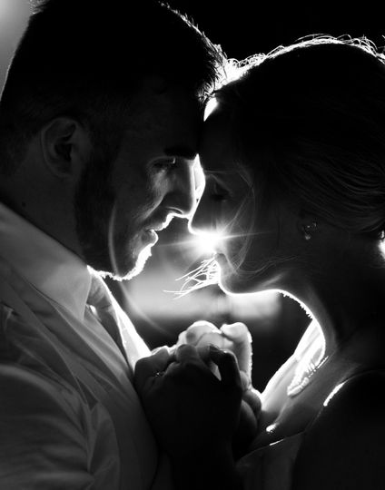 wedding 20 51 1053137 1564945956