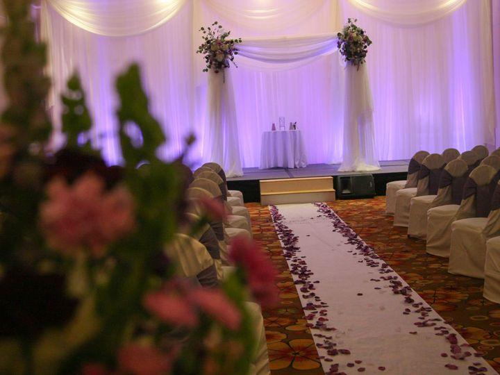 Tmx 1521655221 C7d3b1e3530ecc91 1521655217 780c73dfc0bb5898 1521655210860 3 Ceremony Decor   M Topsham wedding eventproduction