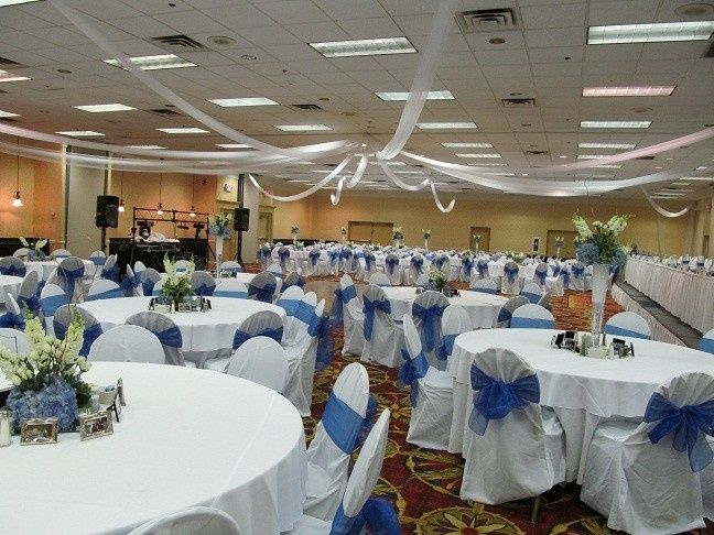 Clarion hotel lexington venue lexington ky weddingwire 800x800 1370347777727 wedding 2012 11 junglespirit Images
