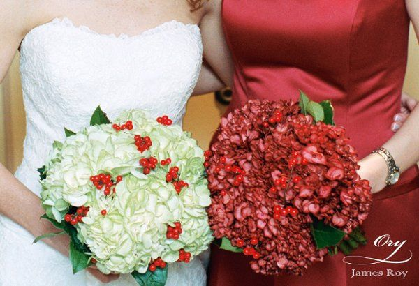 White and red bouquets