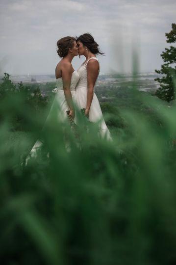 britini paige minnesota lgbt wedding photograph