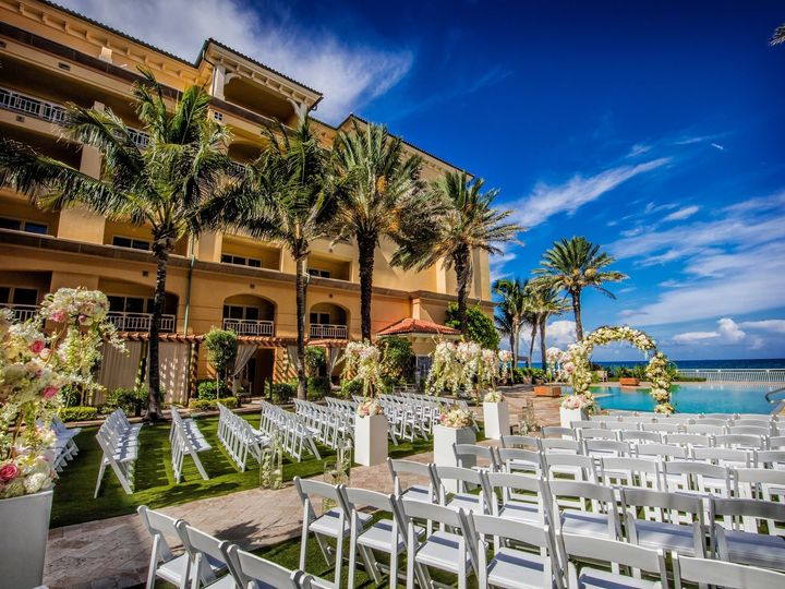 Tmx 1515690568 C93c5d383c5088b6 1515690565 A41cb329e1ca9983 1515690564232 20 Courtyard Ceremon Manalapan, FL wedding venue