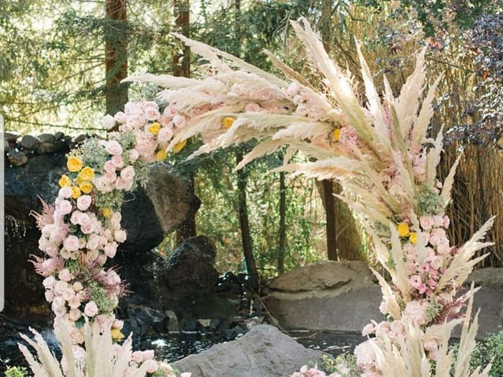 Tmx Flowers By Manny 21 51 1975237 160357401037381 West Hempstead, NY wedding florist