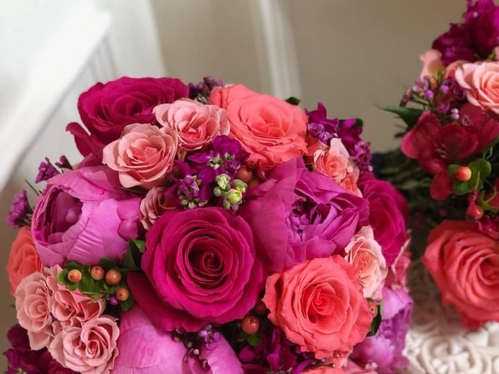 Tmx Smartselect 20191027 093851 Instagram 51 1975237 160338545790146 West Hempstead, NY wedding florist