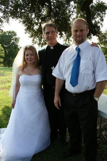 Garden wedding with this couple