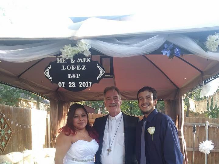 Tmx 1526504666 D2afca1a19895cce 1526504665 56c359871f6a0b87 1526504662102 9 20246152 119243334 Plano, TX wedding officiant