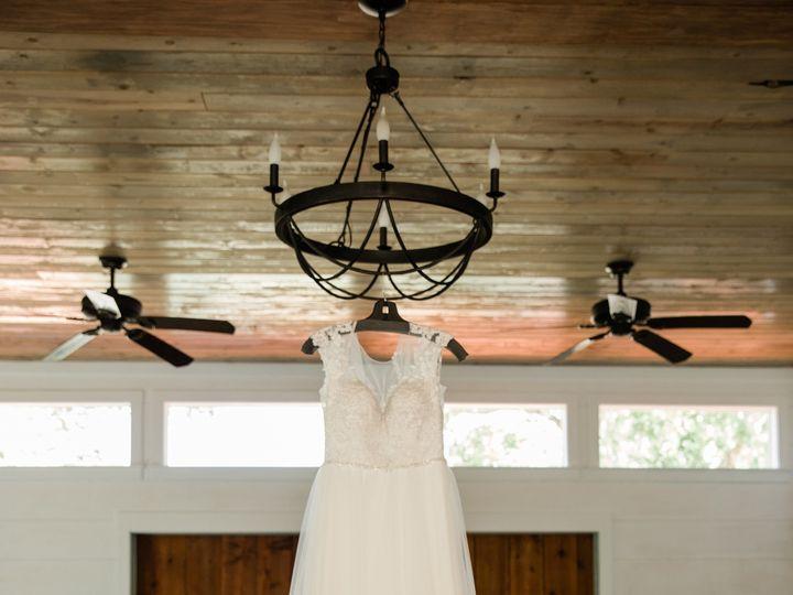 Tmx 1529105621 21519a432a9ba10c 1529105619 1ebe485b40927c1e 1529105617174 4 Bridal Gown In Cha Temple, TX wedding venue
