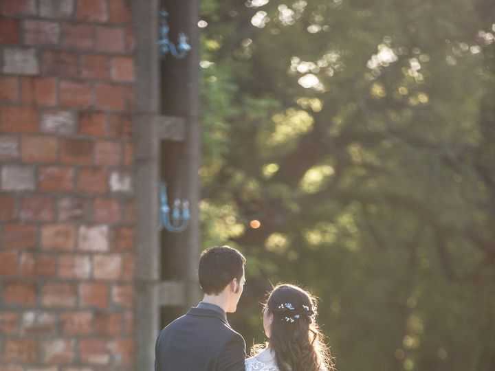 Tmx 1529105951 D7eabf533cc3444a 1529105948 117d9480614cd992 1529105931701 49 Couple Looking At Temple, TX wedding venue