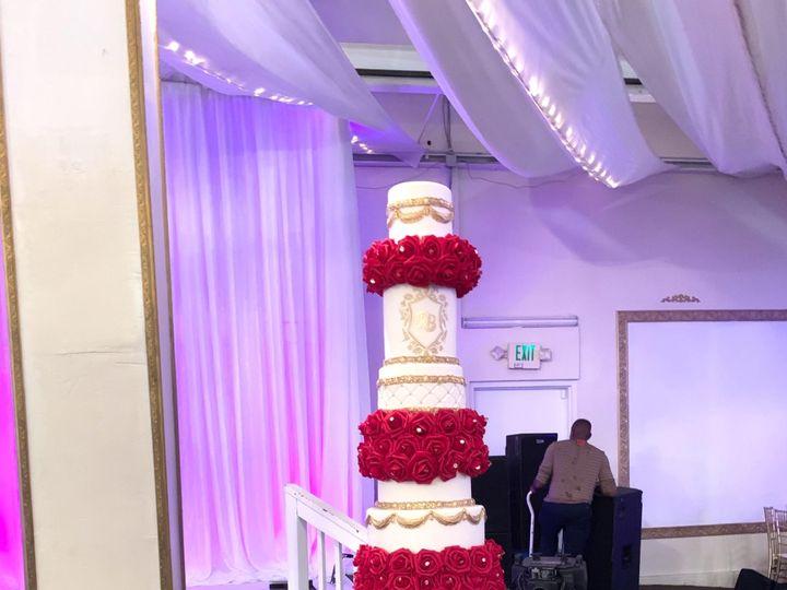 Tmx 3hsjzu8qtw2hp9cvx6hfdw 51 559237 1570044575 Woodbridge, District Of Columbia wedding cake
