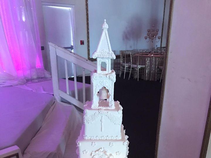 Tmx Sw2tx42ntcej6zqrybmz4a 51 559237 1570044578 Woodbridge, District Of Columbia wedding cake