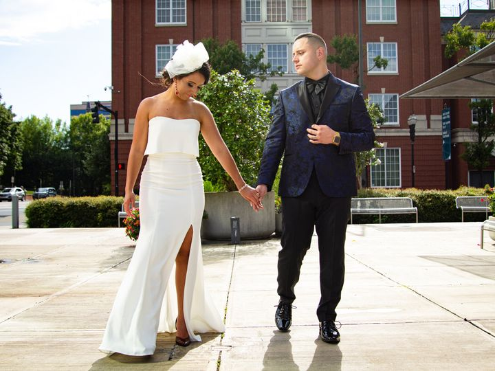 Tmx Img 0900 51 1982337 159909744336017 Knoxville, TN wedding videography