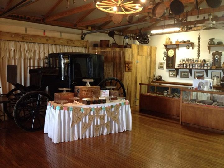 Cake and bar area