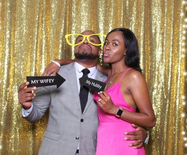 Hubby & Wifey fun pic!