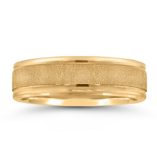 Gold plain wedding ring